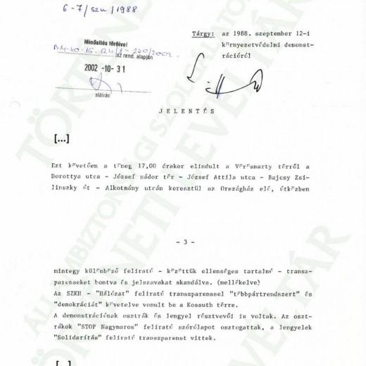 JELENTÉS A TÜNTETÉSRŐL II. A TÜNTETŐK AZ ORSZÁGHÁZHOZ VONULNAK
